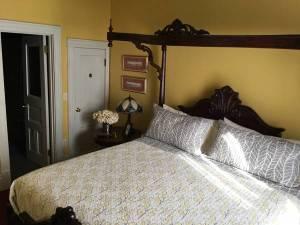 Clary Room